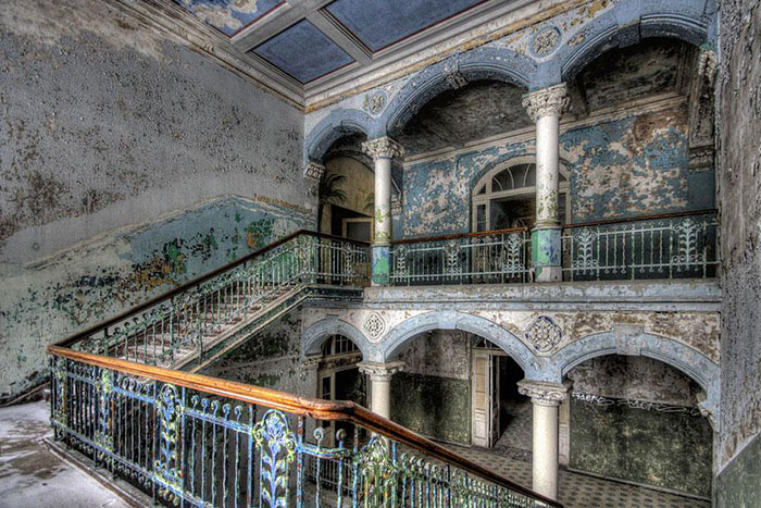 interesting abandoned places