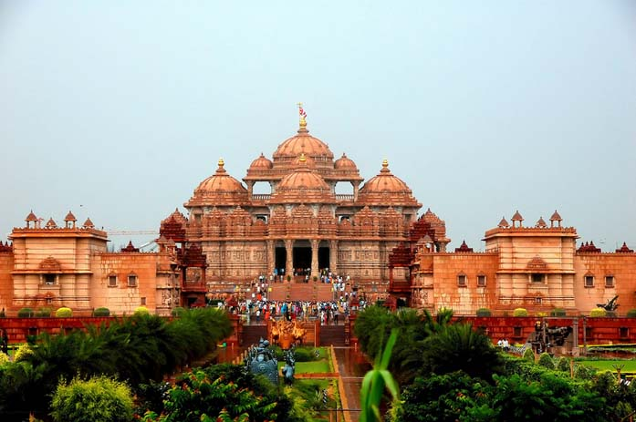 Akshardham Temple in Delhi. Photo by Russ Bowling, flickr