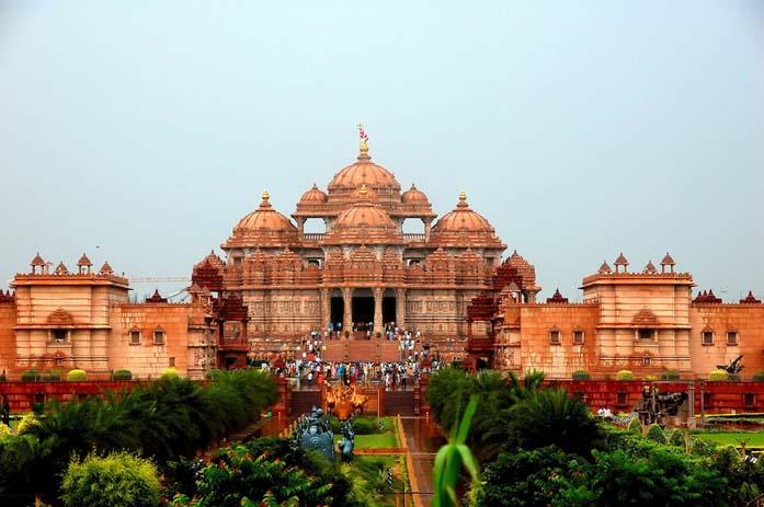 Akshardham Temple in Delhi. Photo by Russ Bowling, flickr