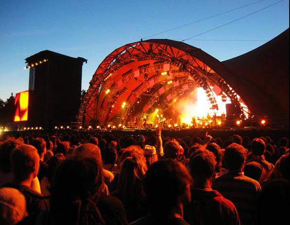 Rockin' performances at Roskilde Festival, Denmark. Photo by Rudd Hilgeman