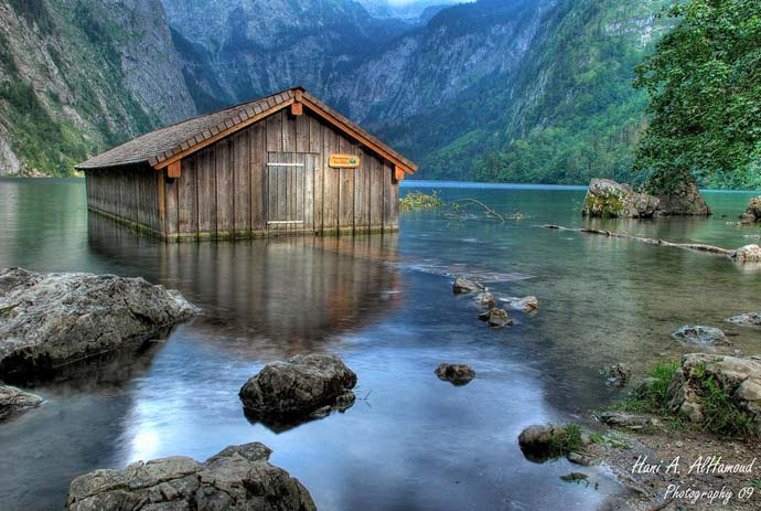 A hut in the beautiful lakes of Konigssee in Germany. Photo by Hani AlHamoud