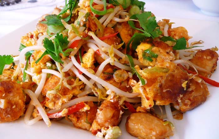 Interesting dish of Chai Tow Kuay. Photo by Msihua