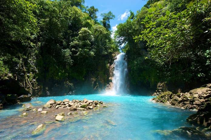 Waterfall in Rio Celeste Costa Rica. Photo by cardelmar.co.uk