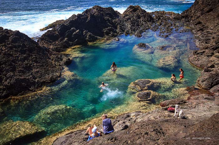 Mermaid Pools, New Zealand. Photo by Chris Gin, flickr