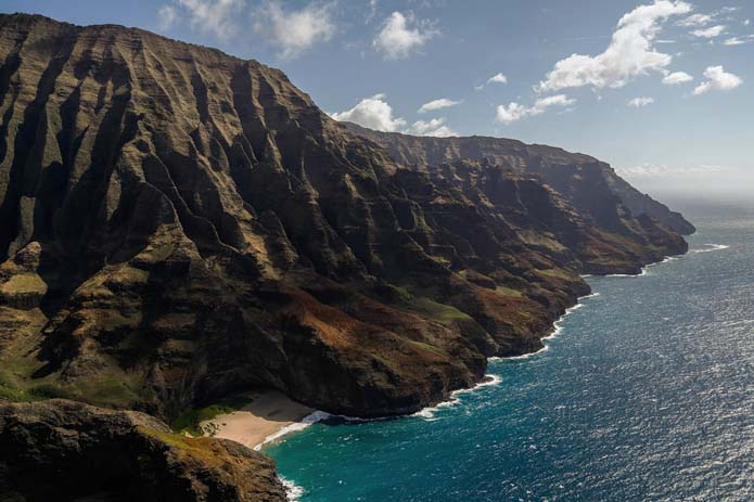 Rugged and highly active volcanic islands of Hawaii. Photo by the beat counselor, flickr