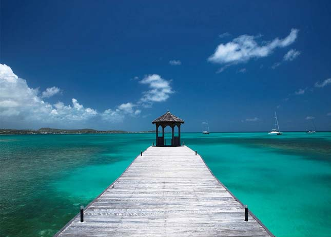 Walk into paradise at Jumby Bay, Antigua. Photo by IDEE PER VIAGHIARE, flickr