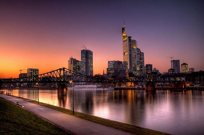 Frankfurt Skyline. Photo by rednaxela_west, flickr