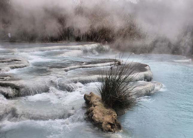Natural thermal baths in Saturnia, Italy. Photo by Andrea Einaudi, flickr