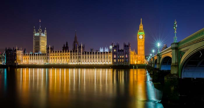Big Ben reflection over River Thames, Photo by Timothy Selvage, flickr
