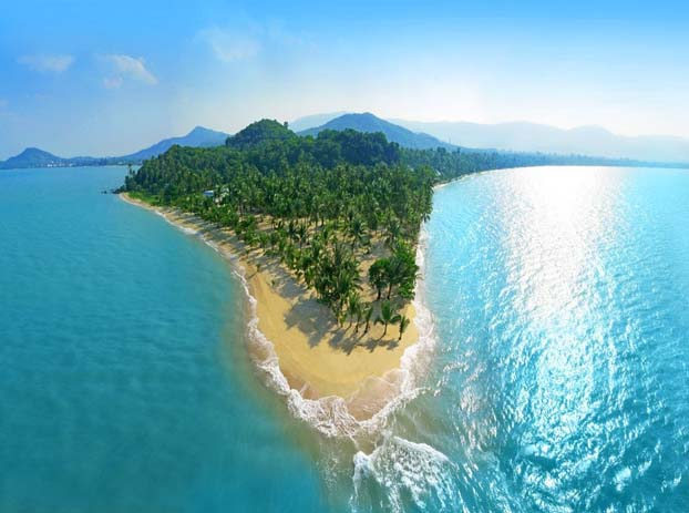 Flying high over Ko Samui. Photo by cntraveler.com