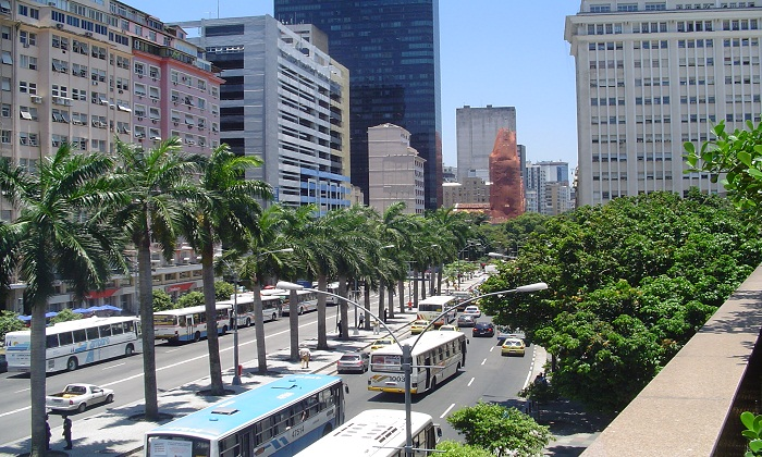 Avenida Rio de Janeiro. Photo by wikimedia.org