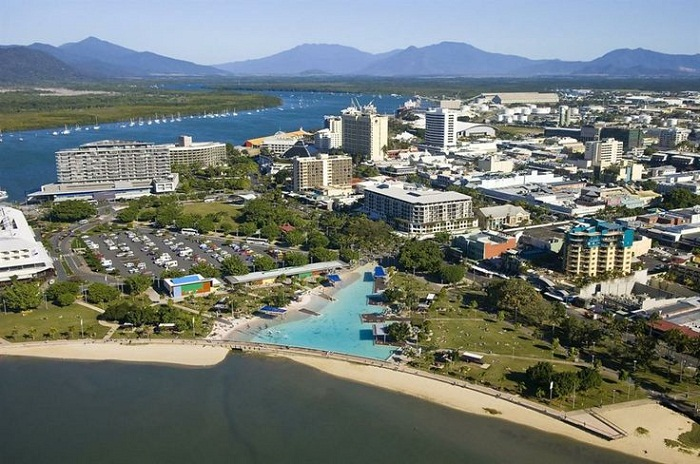 Cairns esplanade. Photo by AECOM Canberra