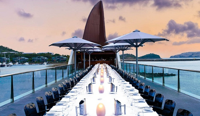 Bommie restaurant on Hamilton Island photo by australiantraveller.com