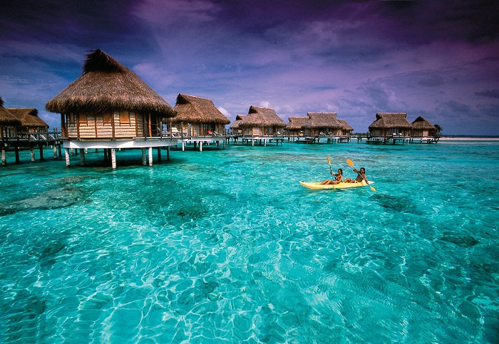 Overwater-bungalows-over-stunning-clear-water-in-Tikehau.-Photo-by-Tahiti-Tourisme-Espana-flickr