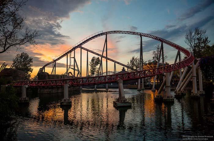 Maverick coaster, Cedar Point. Photo by invertalon, flickr