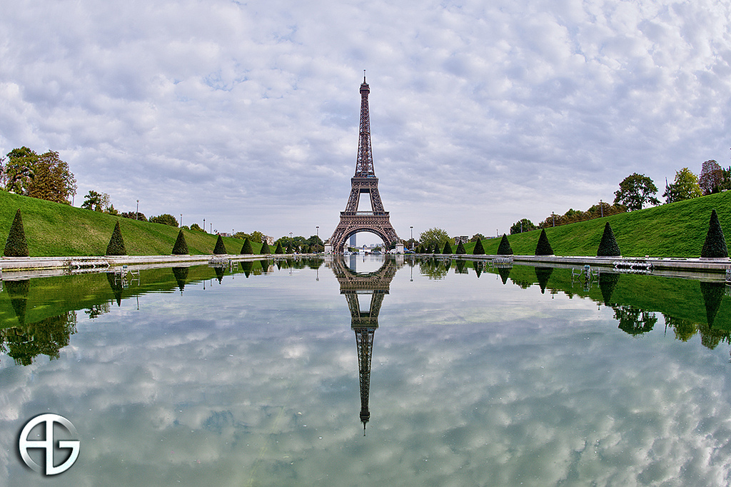 24 hours in Paris: The famous Eiffel Tower stands tall and proud in Paris. Photo by A.G Photographe, flickr