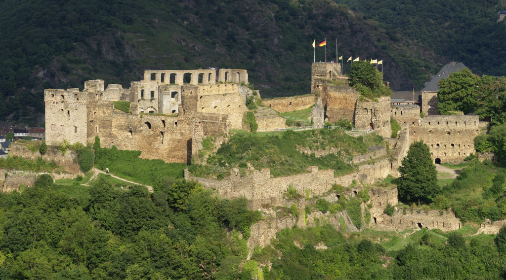 Where to see 9 of the best castles in Europe: Rheinfels Castle, Germany. Photo by wikimedia.org