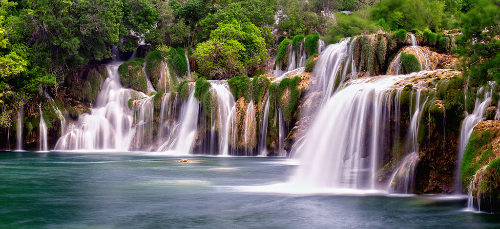 The best waterfalls: Skradinksi Buk Falls in the Krka National Park, Croatia. Photo by V on Life, flickr