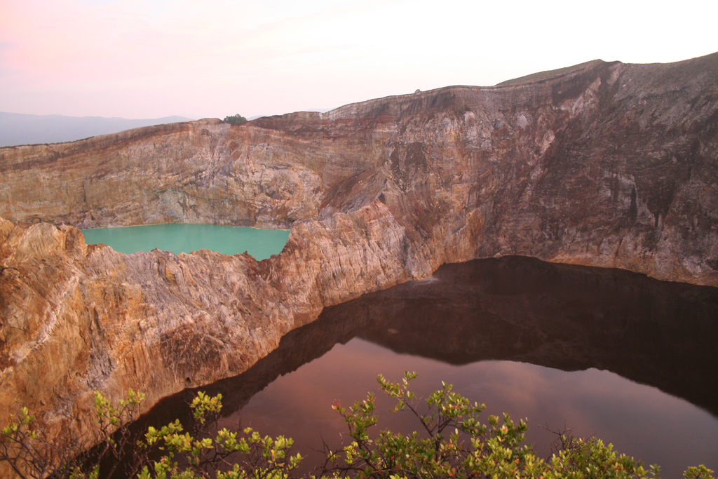 Places to visit in Indonesia: Different coloured lakes of Kelimutu. Photo by 1ieve, flickr