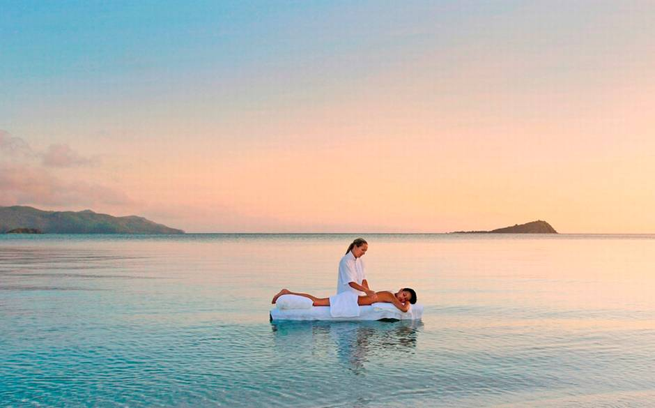 The best outdoor spas to revitalise and detox: Hayman Spa, Great Barrier Reef. Photo by telegraph.co.uk