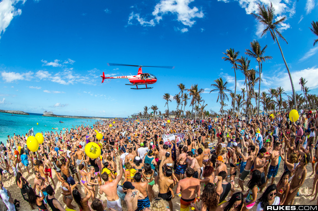 The best beach parties in the world: Miami Holy Ship beach party. Photo by stellaperformanceusa.com