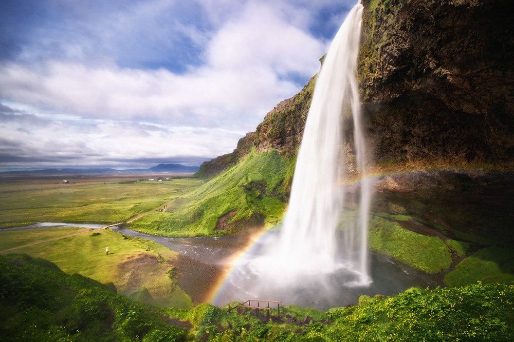 The best waterfalls: The Seljalandsfoss in Iceland. Photo by Dennis_F, flickr