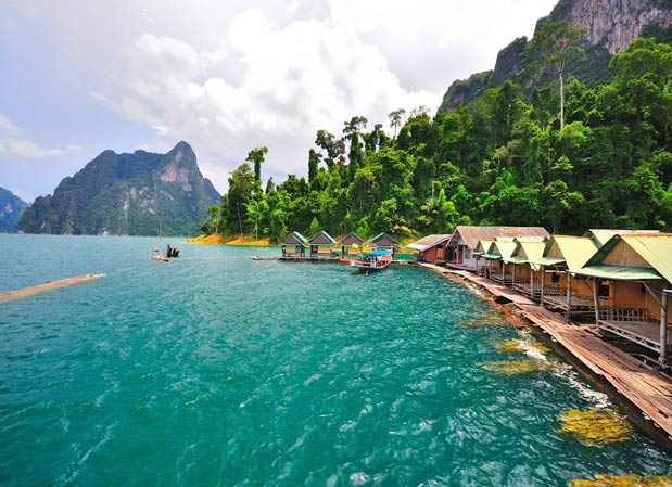 Khao Sok National Park: Cheow Larn Lake, Khao Sok National Park, Thailand. Photo by blogspot.com