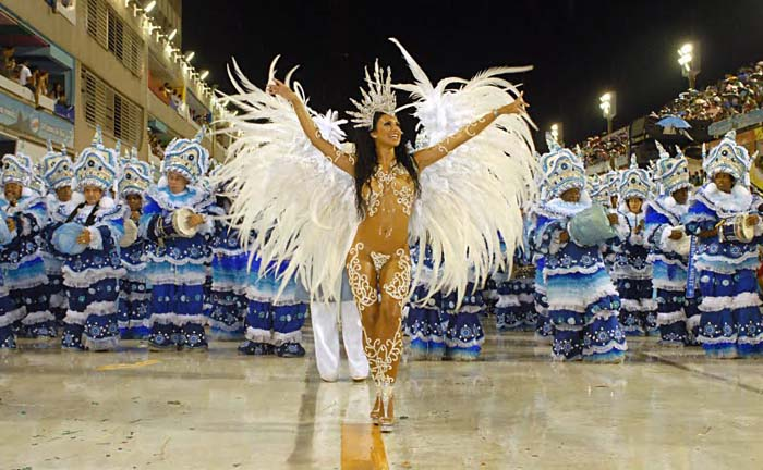 The vibrant Brazilian Carnival. Photo by 123parades.com
