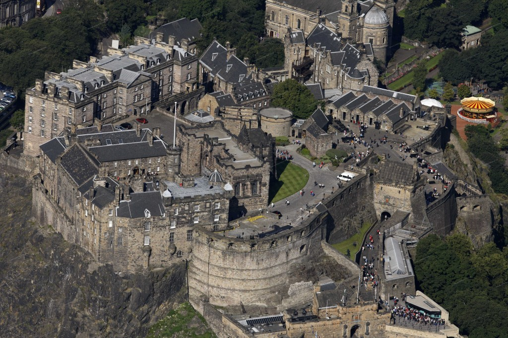 Where to see 9 of the best castles in Europe: Edinburgh Castle. Photo by webbaviation.co.uk