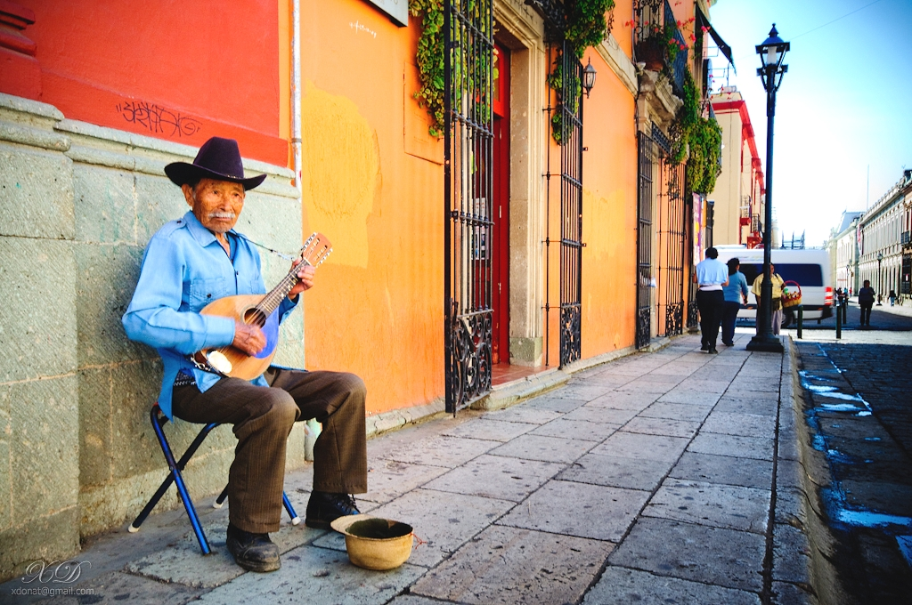 Places to visit in Mexico: Street players in the bright and cultural city of Oaxaca. Photo by Xavier Donat, flickr
