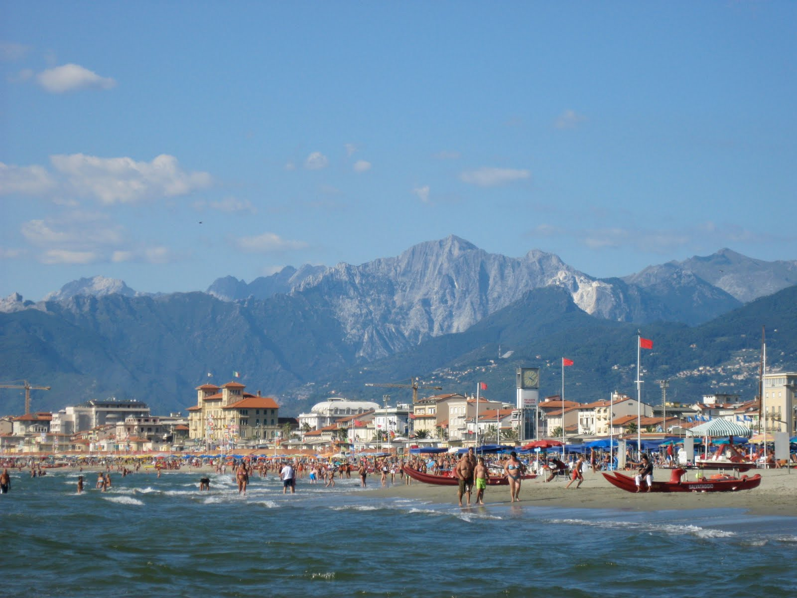 Viareggio Italy  City new picture : Best beach towns in Italy: Viareggio. Photo by Matt Mason, blogspot ...