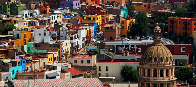 Places to visit in Mexico: Guanajuato's colourful buildings. Photo by CIEE