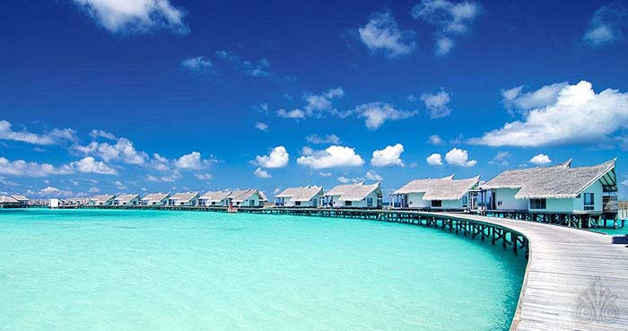 over water bungalows at jumeirah resort maldives photo by viluxurcom - Jumeirah Resorts Maldives