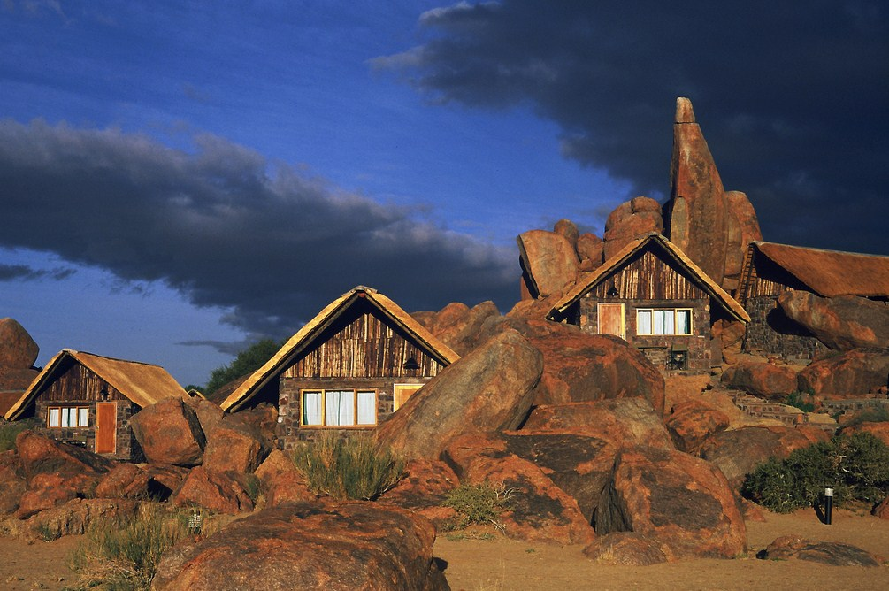 deserts in Namibia: The Canyon Lodge Hotel. Photo by gondwana collection.com