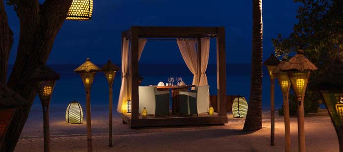 Private dinner for two, anyone? Photo by jumeirah.com