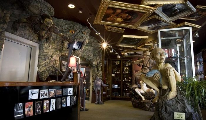 Explore the Weta Cave. Photo by nxstatic.com