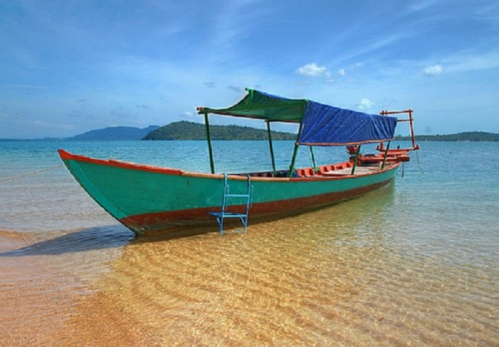 Sail across the crystal clear water in Sihanoukville, Cambodia. Photo by aboveusonlysky.net