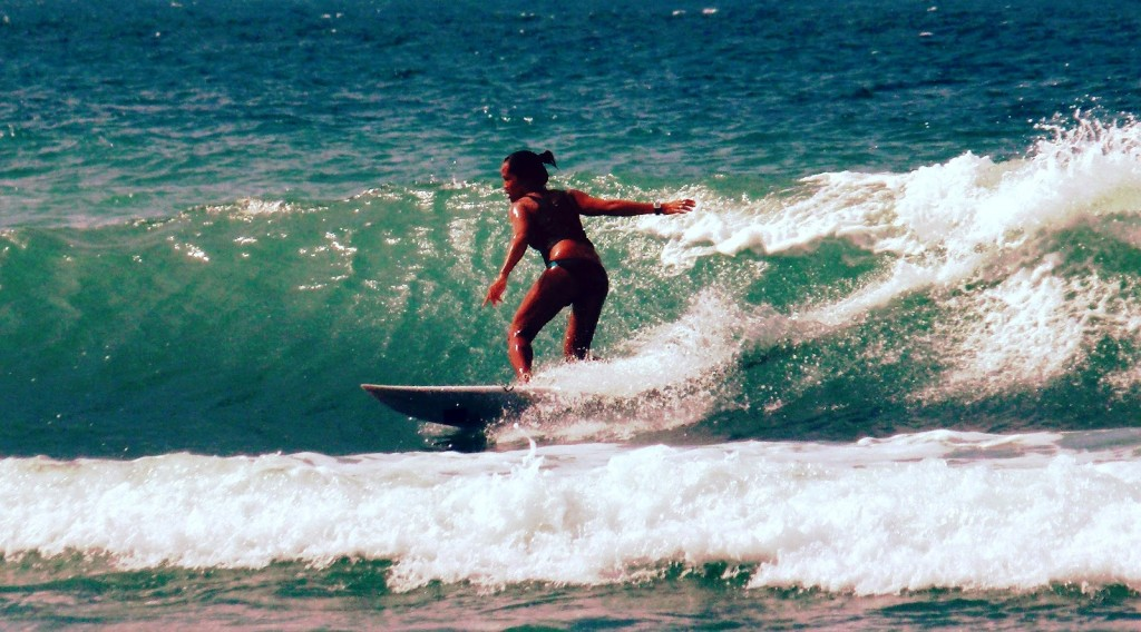 lesser known islands in south-east asia: A surfer enjoying the great conditions of Siargao. Photo by Siargaoislands.net
