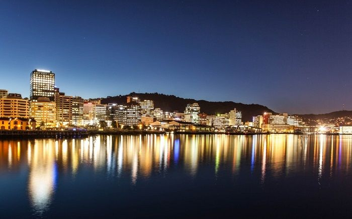 Wellington city comes alive at night. Photo by dreams.efusionerp.com