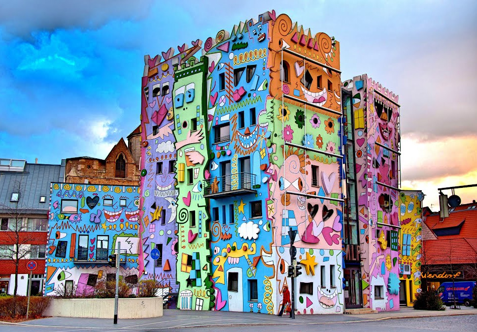 Happy Rizzi House in Braunschweig, Germany. Photo by Gloria Tupper, Pinterest