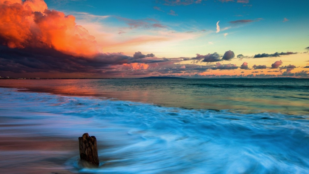 Malibu Beach, California. Photo by hqdeskop.net