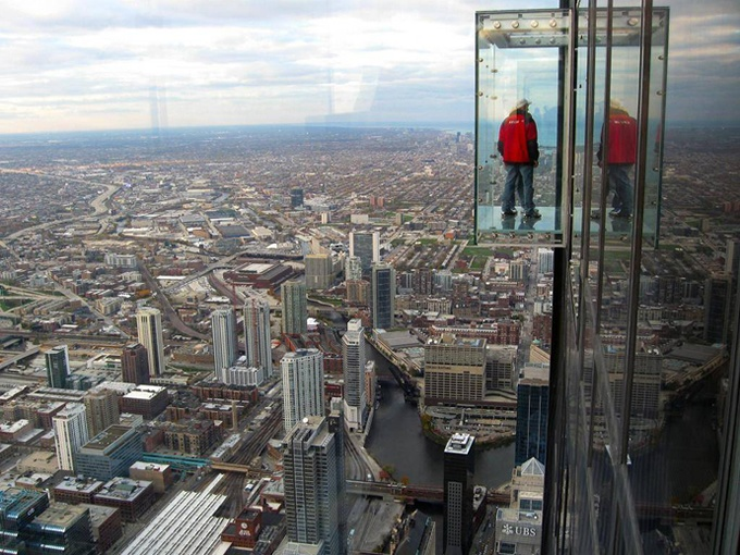 Glass balcony of floor 103 of Sears Tower. Photo by Sumbal Fraz, Pinterest