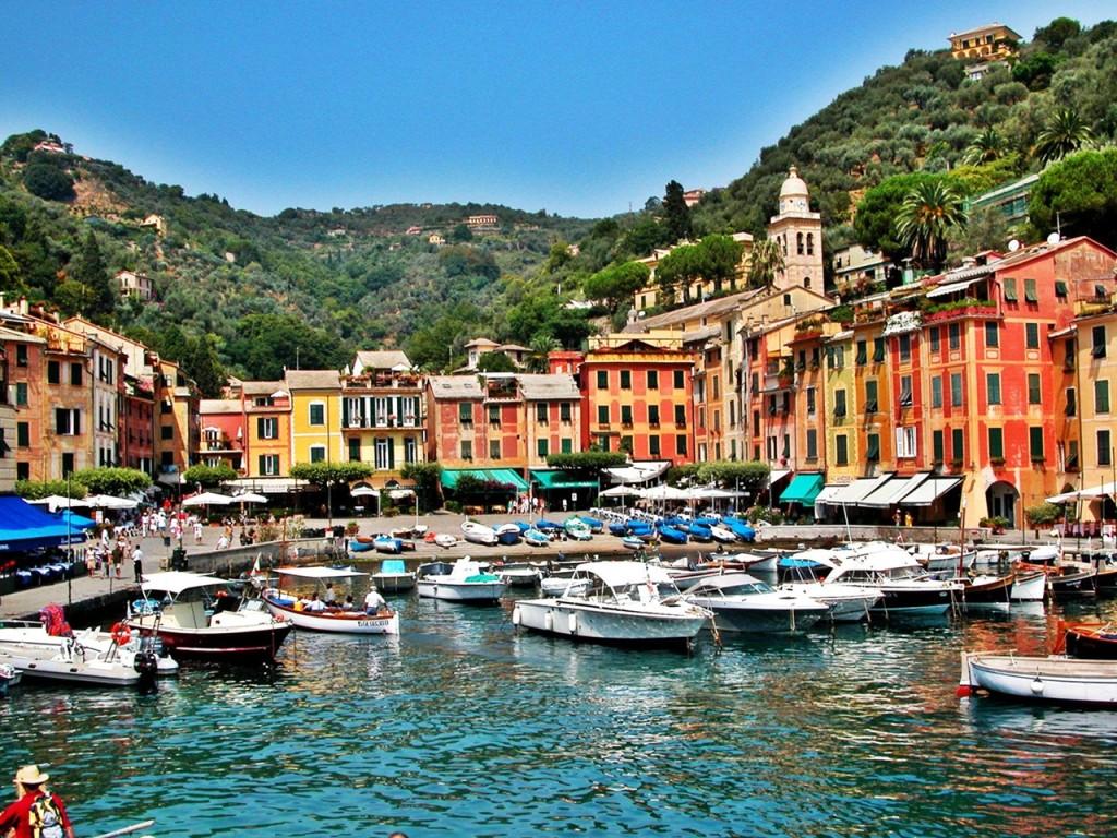 The colourful buildings of Portofino. Photo by ecosmetics