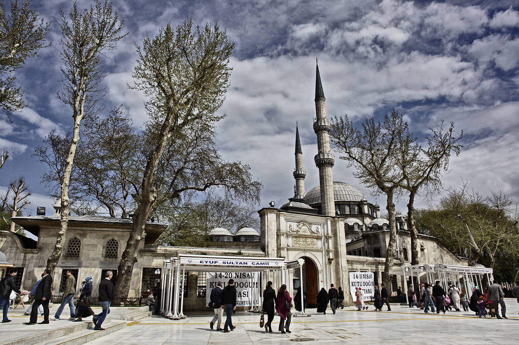 Eyüp, Istanbul, Sultan Mosque. Photo by beautifulmosque.com