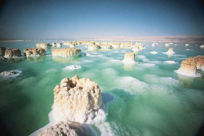Salt formations in the Dead Sea. Photo by wordpress.com