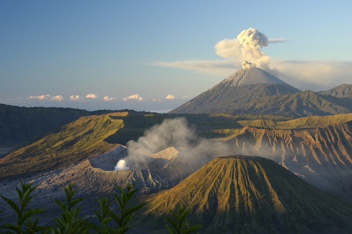 The towering Mount Bromo in eastern Java attracts many visitors. Photo by saramarlowe, Flickr