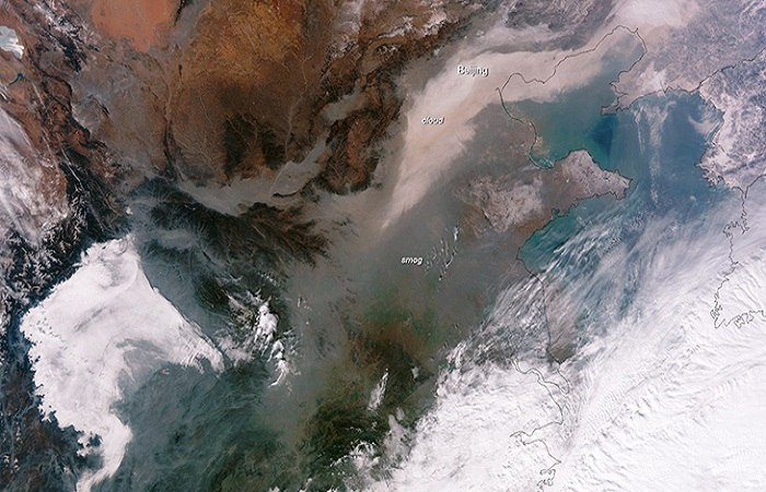 A satelite image of smog over China. Photo by businessinsider.com