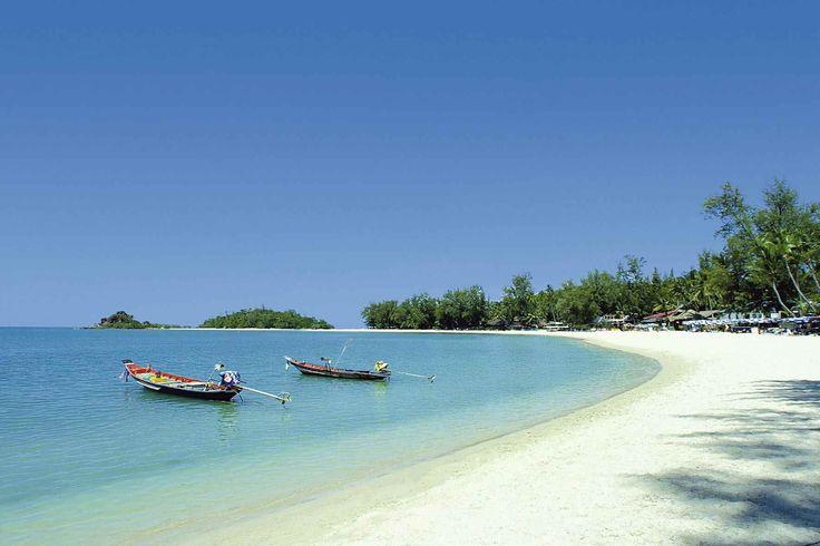 Choeng Mon is one of the most child friendly beaches on Thailand. Photo via Tatjana