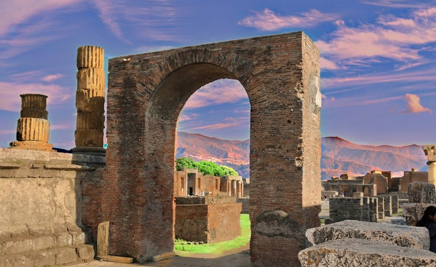 The old city of Pompeii. Photo by Stephan Botha
