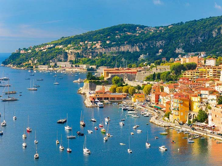 The French Riviera is almost too perfect. Photo via www.buisnessdestinations.com
